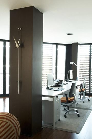 nomon-punto-y-coma-orologio-clock-design-legno-noce-acciaio-oro-opaco (1)