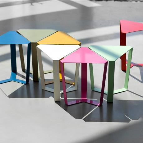 tavolino_da_salotto_metallo_finity_colori_a_base_triangolare (6)