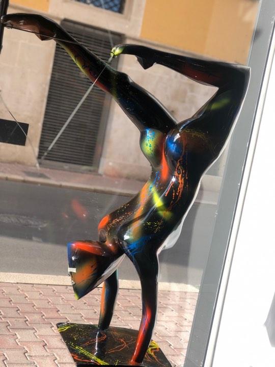 scultura_in_resina_pezzo_unico_design_colori (5)