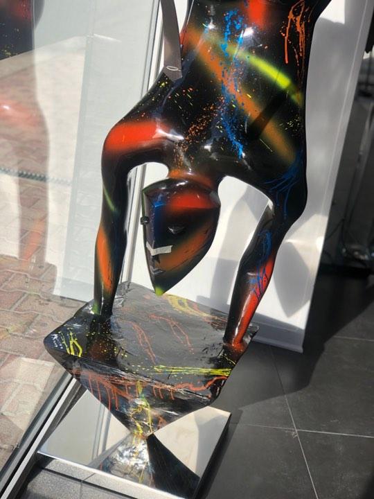 scultura_in_resina_pezzo_unico_design_colori (7)