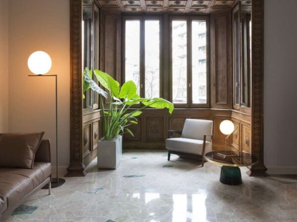 IC-LIGHTS-F2-FLOS-lampada_da_terra_ottone_acciaio_vetro_soffiato (4)