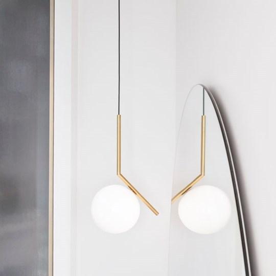 IC-LIGHTS-S1-FLOS-lampada_a_sospensione_acciaio_ottone_vetro_soffiato (6)